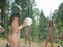 nude-in-the-forest-21