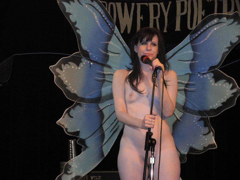 nude female rock singers