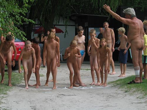 Nudist Pure Nudism Water Park Nude | Download Foto, Gambar ...