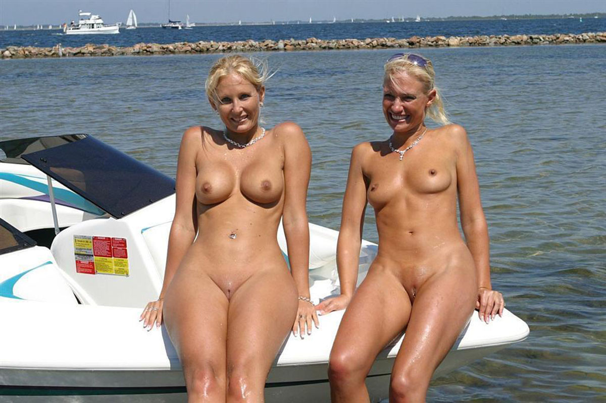 nudists women